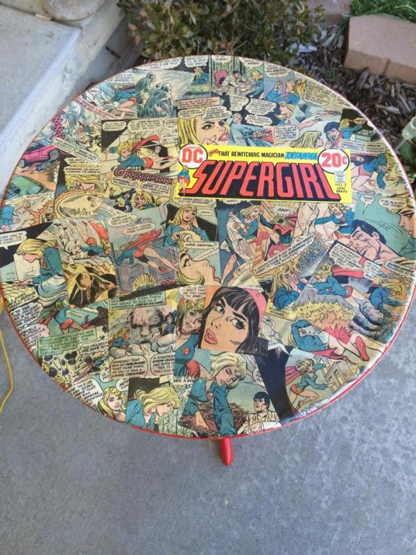 Supergirl-Table-Geek-Decor