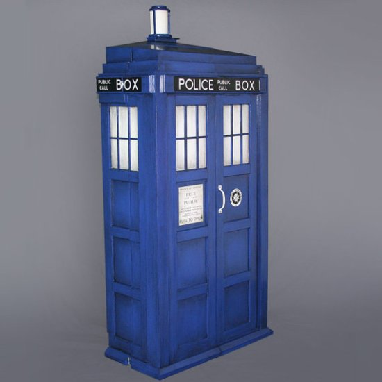 Doctor Who Shelving System - Geek Decor