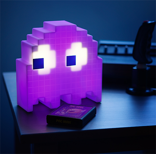 Pac-Man USB Ghost Lamp Displayed - Geek Decor