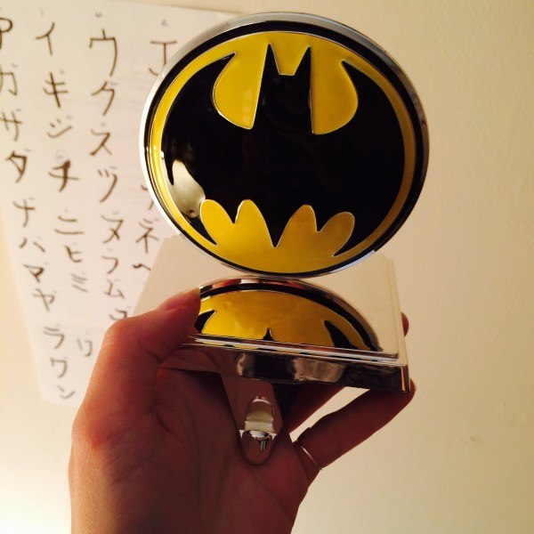 Batman-Stocking-Hanger-Geek-Decor-2