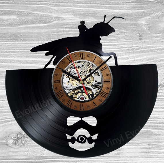 Ant Man Clock - Geek Decor