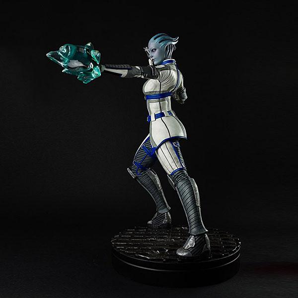 Liara Mass Effect 3 Statue Right Side - Geek Decor