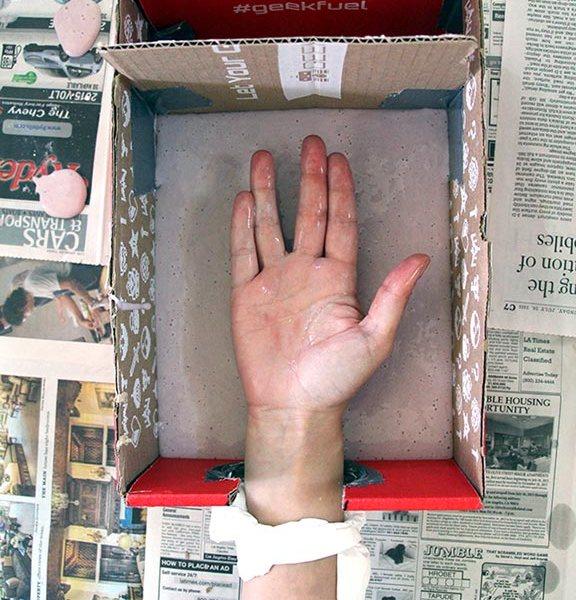 Vulcan Hand Mold - Geek Decor