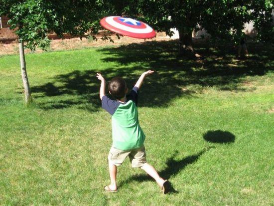 Captain America Shield - Geek Decor