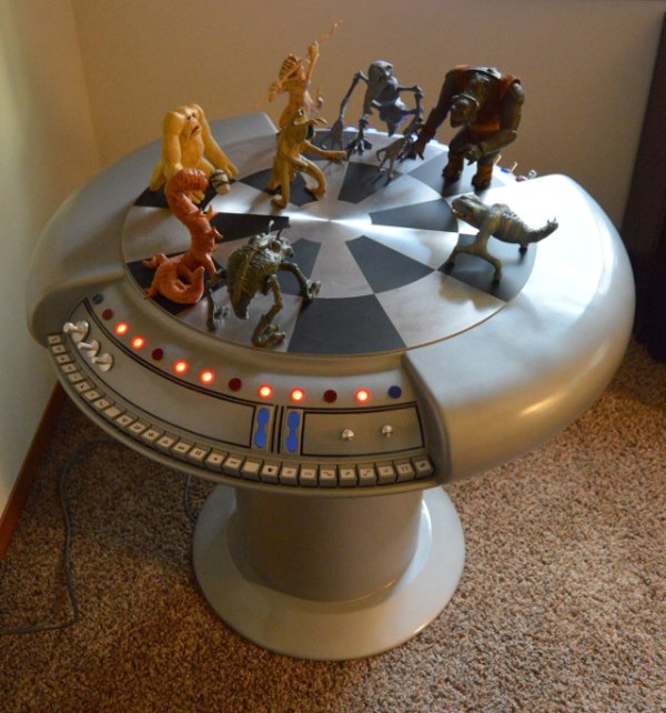 Star Wars Holochess Table - Geek Decor