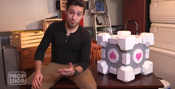 DIY Companion Cube - Geek Decor
