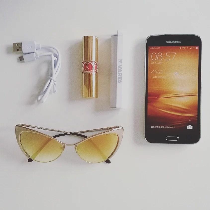 Varta Power Pack, una batteria d'emergenza piccola come un rossetto