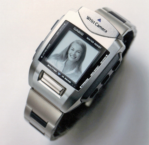 The first digital camera watch again goes to Casio in 2000 with their WQV-1. Take that Samsung
