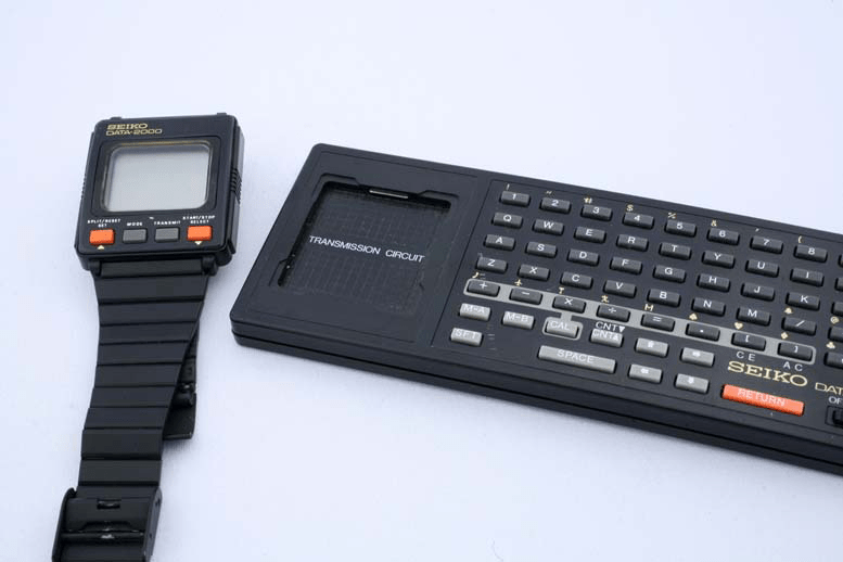 A Brief History of the Smartwatch reveals Apple, Samsung ...