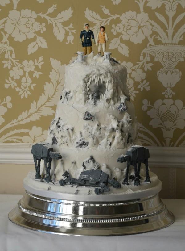 hoth-wedding-cake