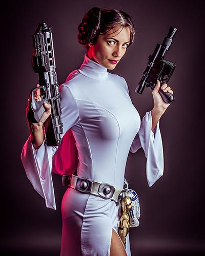 Ivy Cosplay as Princess Leia