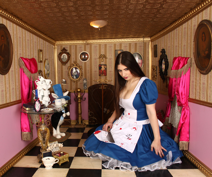 May Girls Wallpaper American Mcgees Alice