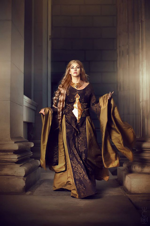 Girls Breast Wallpaper Cersei Lannister From Game Of Thrones Cosplay
