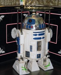 The R2-D2 Side Table