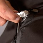 soma-1-earphone-pocket-detail