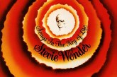 """Songs in the Key of Life"" considerado o melhor disco de Stevie Wonder completa 40 anos"