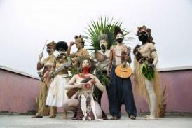 """""""Alguma coisa a ver com uma missão"""", da Cia. Os  Crespos convida espectador a revisitar lutas negras no  Brasil."""
