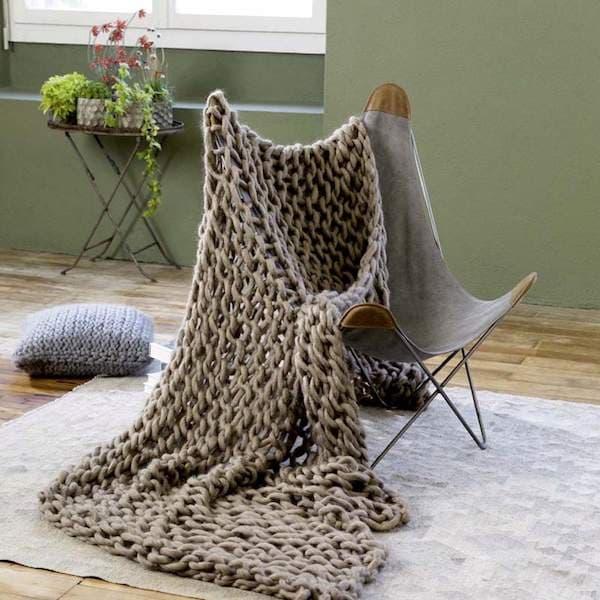 zickzackschal emma im missoni stil strickkit mit garn nadeln und anleitung gemacht mit liebe. Black Bedroom Furniture Sets. Home Design Ideas