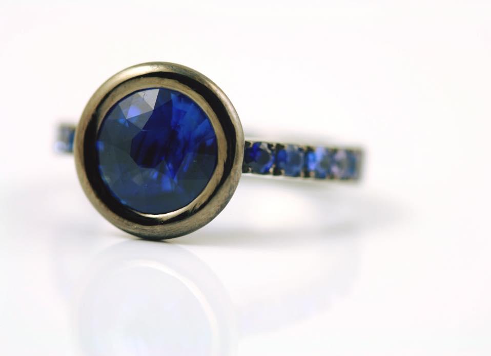 Blue Gemstones (With Photos of 37 Kinds!) - International Gem Society