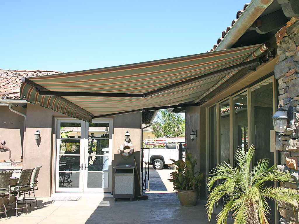 Elite Heavy Duty Retractable Patio Awning P Patio Awning