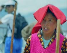 Pestare la calce coi bastoni Tibet 1999