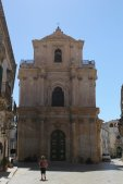 foto tardo barocco facciata chiesa scicli ragusa