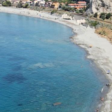 Spiaggia Rocca bianca Bova Marina