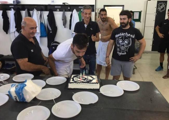 Γενέθλια με… τούρτα του ΟΦΗ ο Νίκολα Μίκιτς!