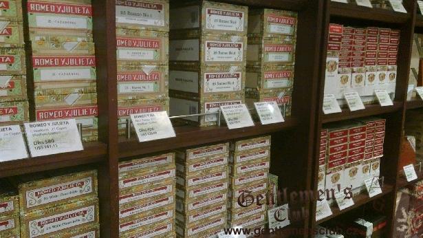 Cigars Prodejna Doutniků La Casa Del Habano Dubai Duty Free
