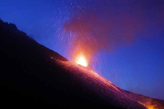 Mount Etna, Italy, erupts at night. Credit: Alessandro Aiuppa, University of Palermo, Italy.