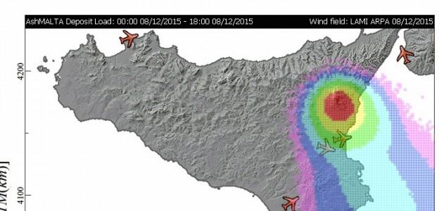 Eruzione Etna, emergenza cenere  Aeroporto operativo ma in allerta, terremoto 3.8