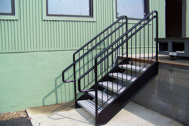 Wrought Iron Railings & Pipe Railing