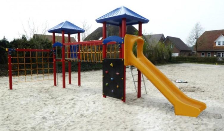 Kletterspielanlage