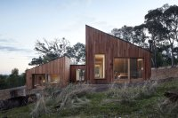A Modern Wood House: Two Halves House