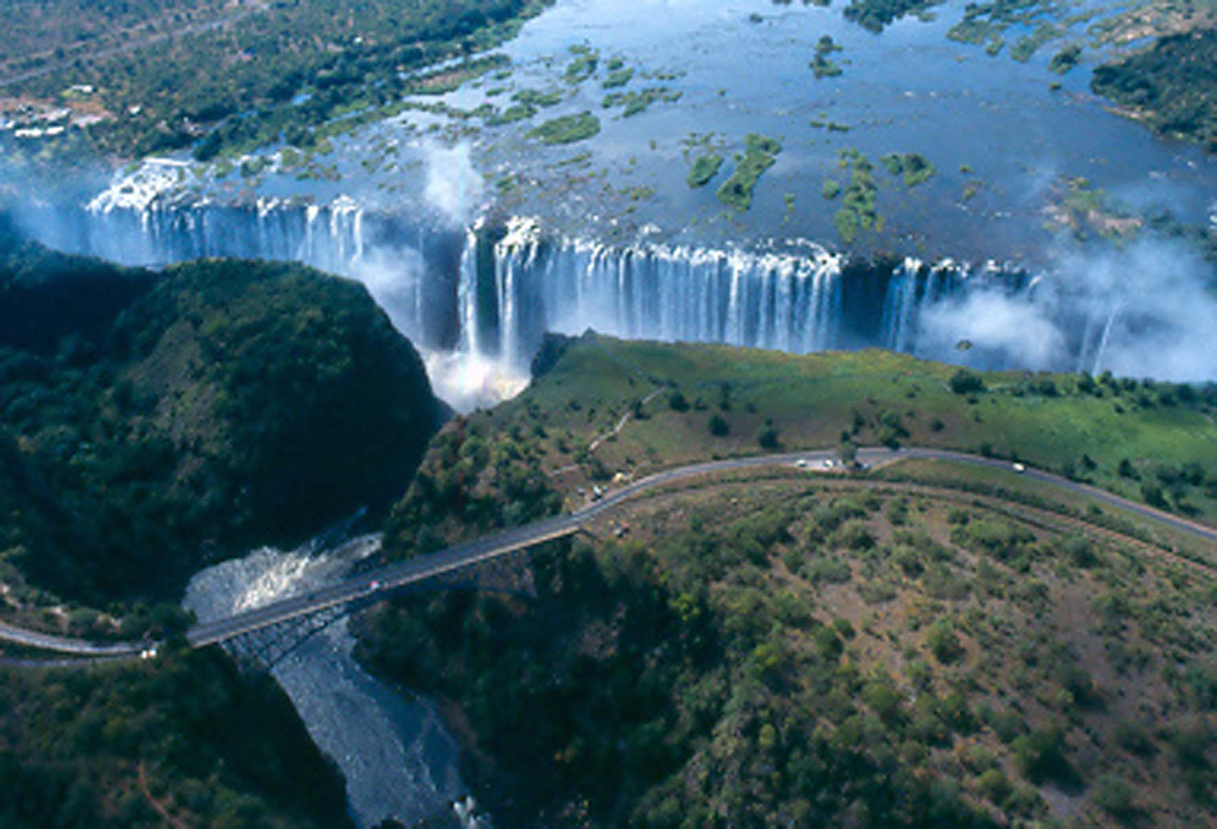 Iguazu Falls Hd Wallpaper Victoria Falls World S Largest Waterfall Gets Ready