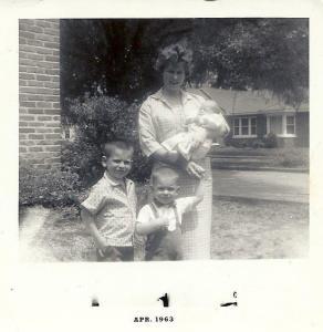 Bolton-Frank-Stephen-Mom-Donna