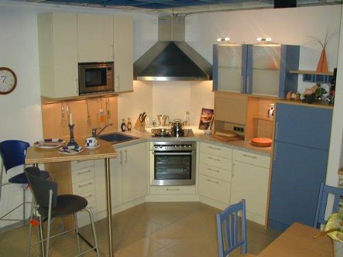 Small space kichen Small Kitchen Designs Kitchen Designs in - kitchen designs for small spaces