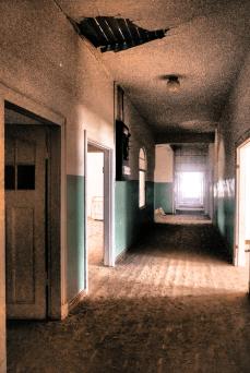 Gang des Krankenhauses in Kolmanskop