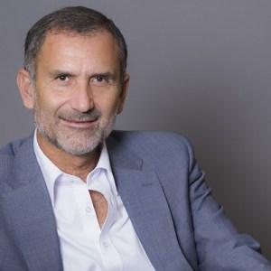 Guy Mamou-Mani, co-président du groupe Open, président de syntecnumerique, du club des #Gentlemen et de #JamaisSansElles. Membre du Haut conseil pour l'égalité entre les hommes et les femmes et du CNN.   Follow @Guy_mm