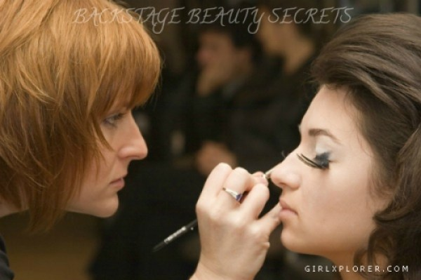 Beauty Secrets Revealed by Backstage Artists! Sunkissed Look Smokey eyes Shimmery eyes Runways Red Nail Paint Makeup tips Makeup secrets India Beauty Blog how to achieve sunkissed look Beauty tips Beauty secrets beauty Blog Backstage