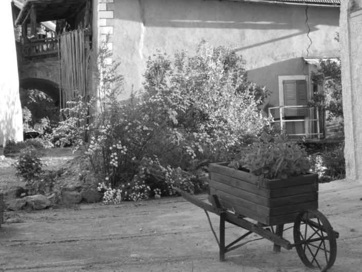 balade dans la village de meolans barcelonnette