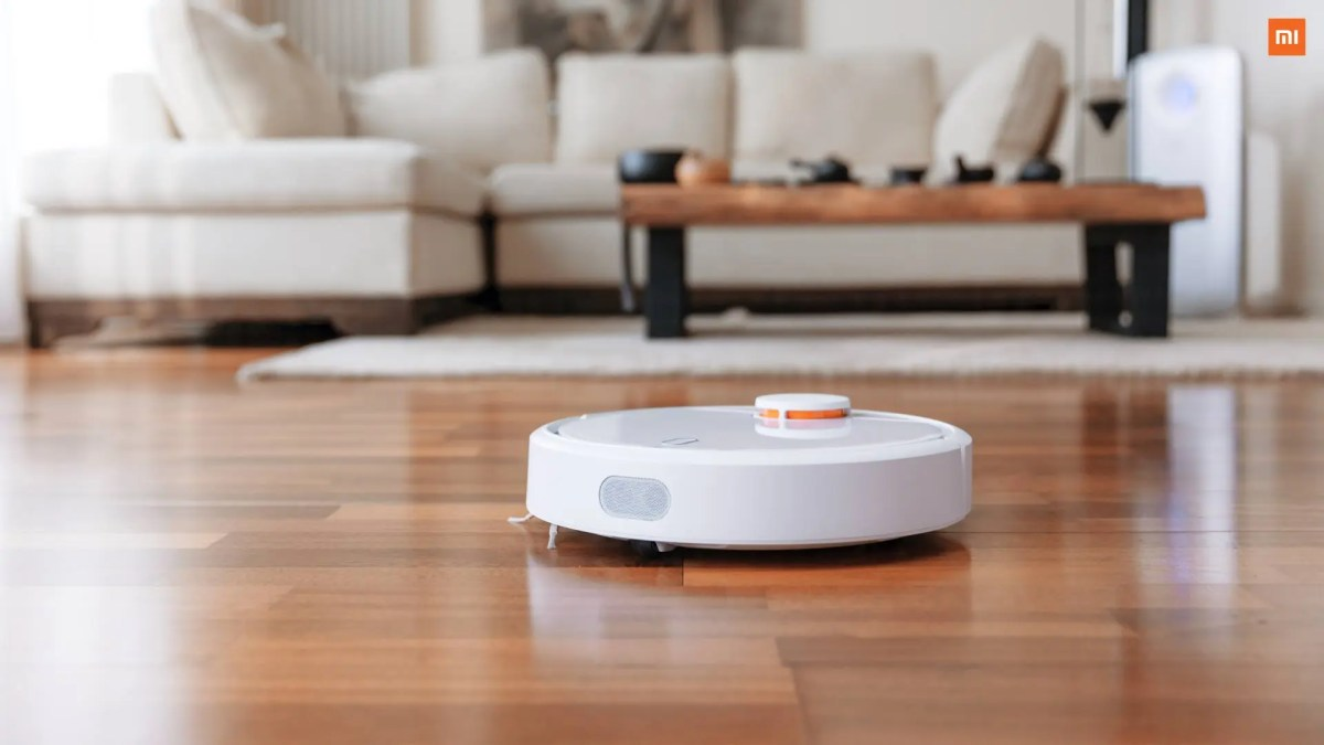 Launched: Xiaomi's Mi Robot Vacuum goes official for $250