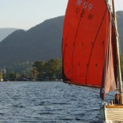Traditional-Boat-Sailing-820x400