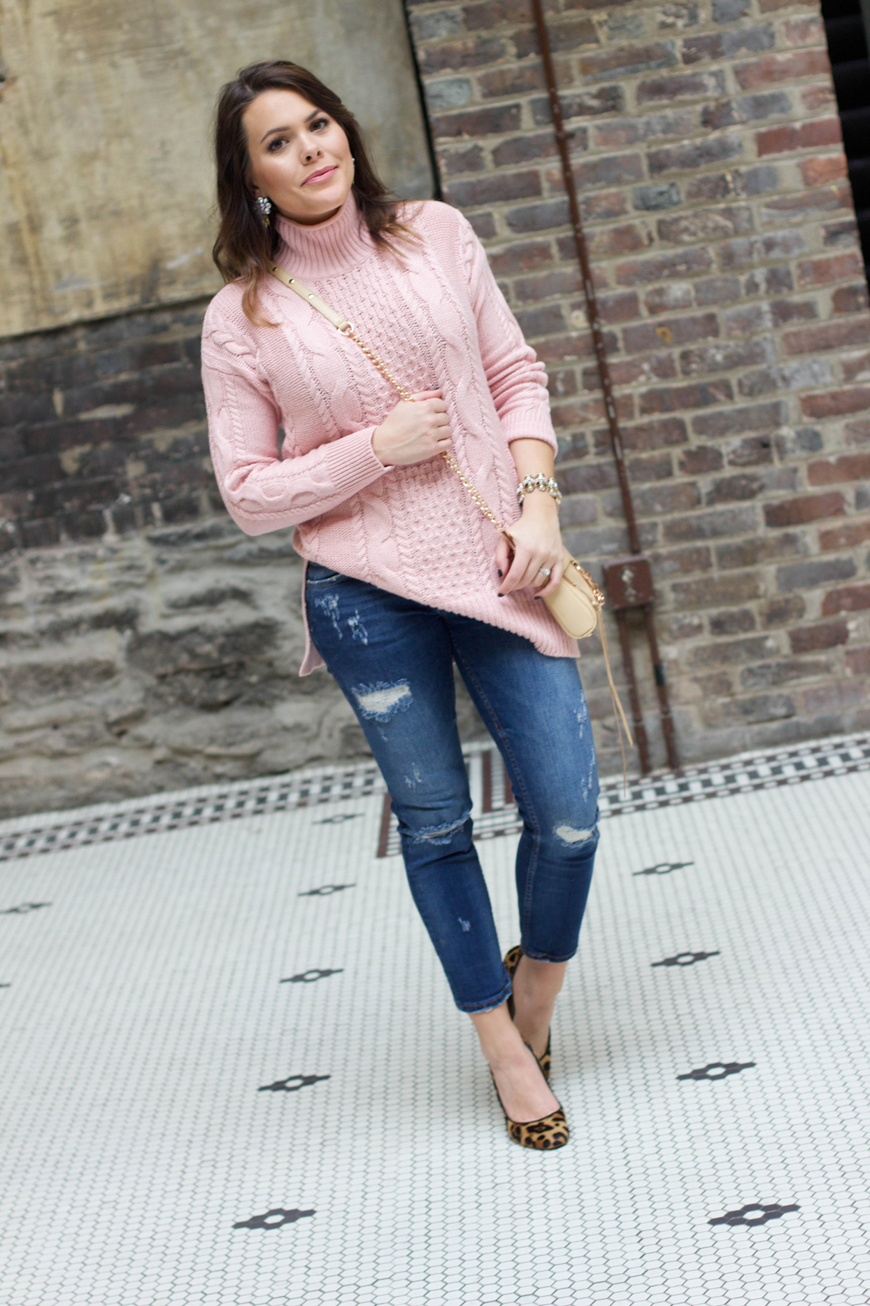 Casual Date Night Outfit Inspo - Glitter u0026 Gingham