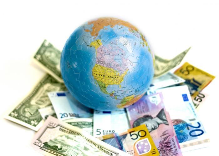 saving money to travel