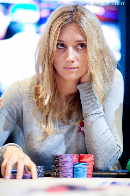 Wallpaper Poker Girl Gaelle Baumann Xec707 France The Official Global