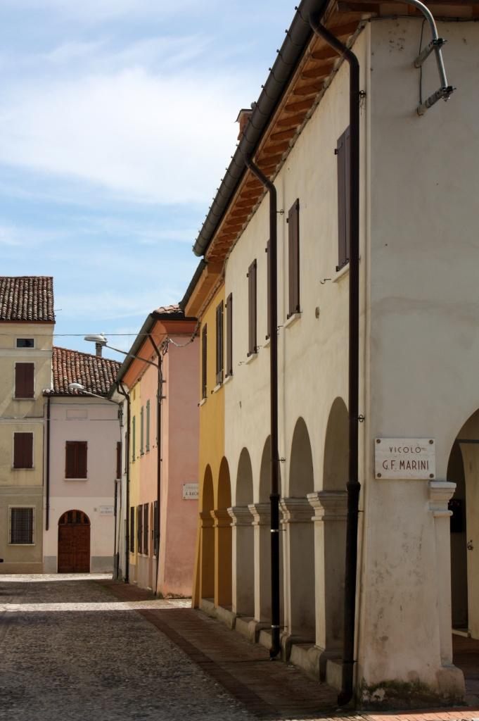 Rue - Sabbioneta - Italie