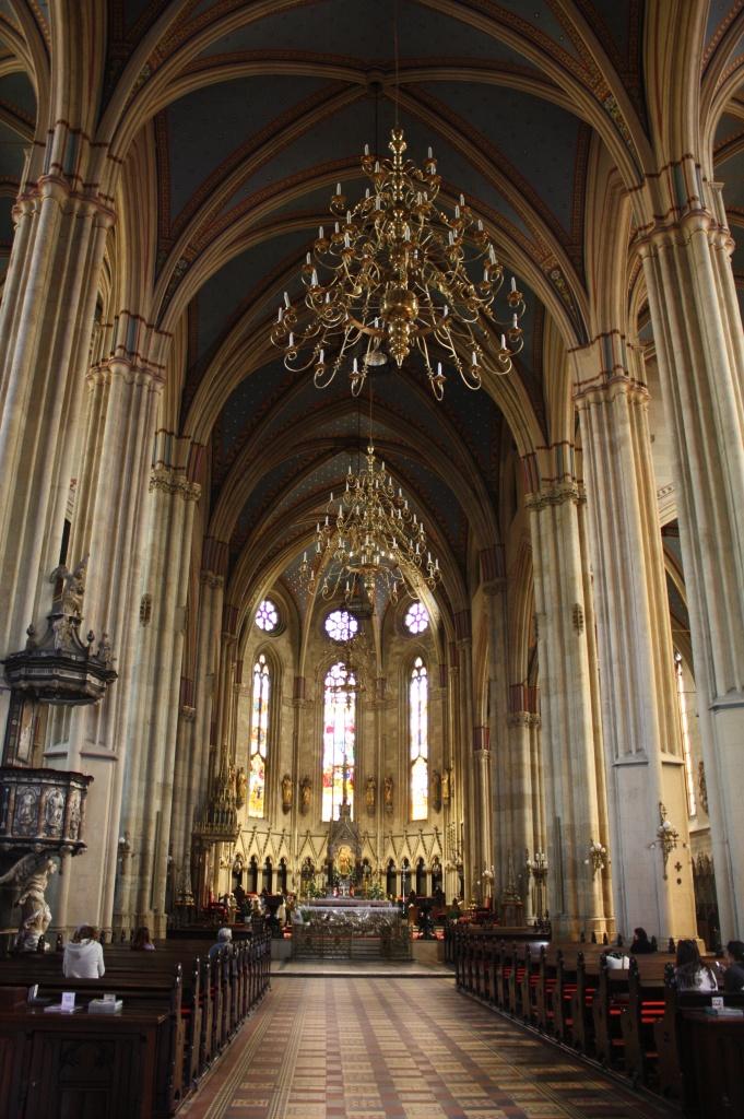 intérieur cathédrale - zagreb - croatie