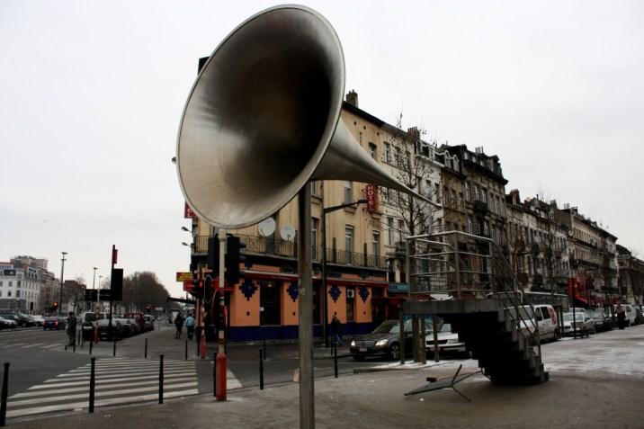 trompette géante - bruxelles