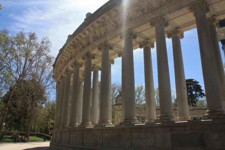 Colonnes - Parc Retiro - Madrid